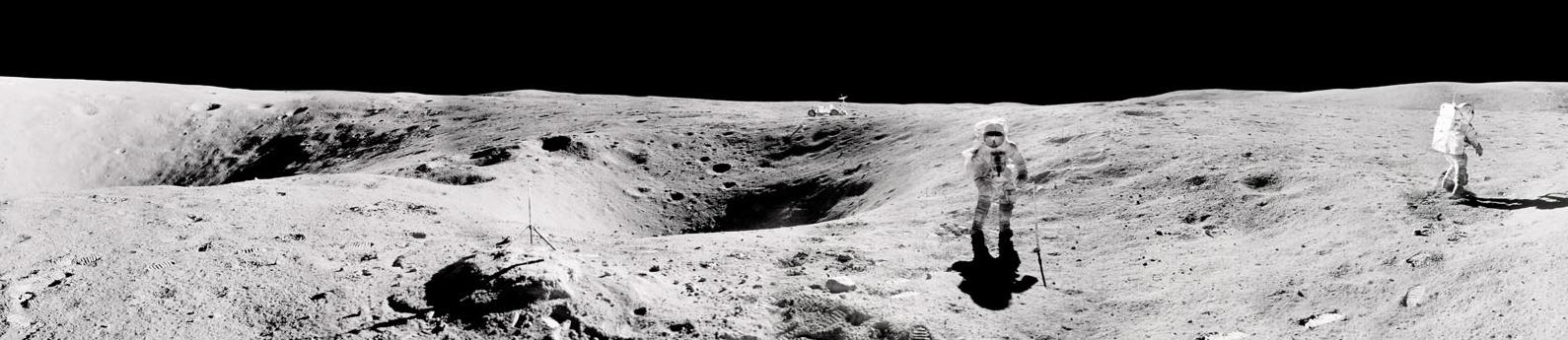 Lunar Rover Panorama (Image)