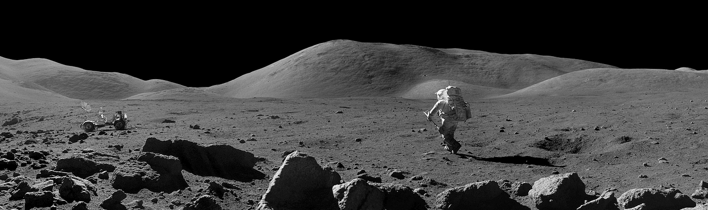 Apollo Moonwalk (Background)